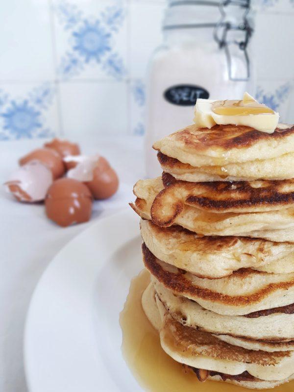 Speltpancakes met maple syrup