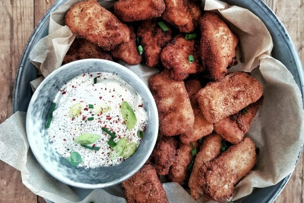 Tofu nuggets & Chicken nuggets met frisse dip van zure room